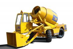 Self-loading mobile concrete mixer Carmix
