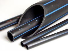 Трубы ПНД для прокладки кабеля и водоснабжения.
