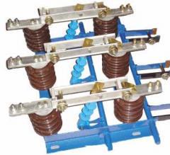 Разъединитель переменного тока типа РВЗ с приводом ПР