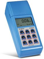 Portable HI 98703 turbidimeter