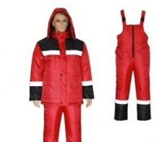 Зимний костюм утепленный красный с черным