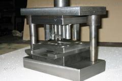 Матрицы для штампов, Штампы для штамповки изделий