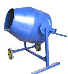 Бетоносмеситель гравитационного типа, объем груши 200 л. (1,1 кВт, 220/380 В)