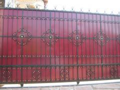 Gate retractable in Almaty