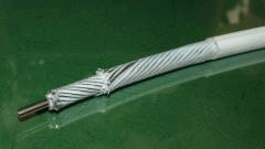 Полимерный трубопровод с каналом из нержавеющей