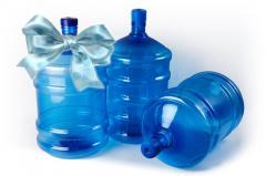 Вода бутилированная.