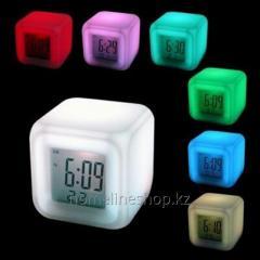 Часы-ночник Color Changing Clock (меняют...