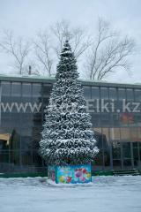 Уличная искусственная каркасная ель Уральская (хвоя-пленка), высотой 12 м