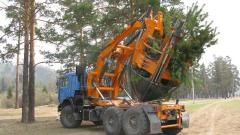 The equipment hinged for change of trees on the