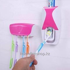 Дозатор для зубной пасты с держателем для...