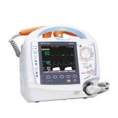 Портативный бифазный дефибриллятор Cardiolife TEC-5621