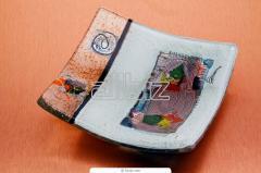Изделия гутные из цветного стекла ручной выработки
