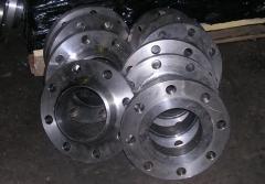 Фланцы металлические из стали 3пс2. Производство.