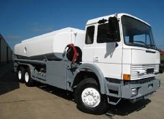 Aviation fuel-servicing trucks