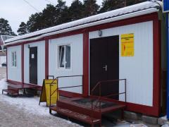 Lodges cars, change houses