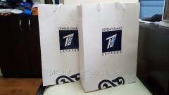Изготовление сувенирных бумажных пакетов с