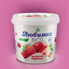 Йогурт клубничный