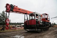 Truck crane of caterpillar 25