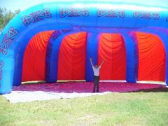 Надувные шатры четырехопорные