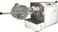 Equipment for molding by vacuum absorption