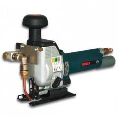 Pneumofret saw, with supply of cooling liquid