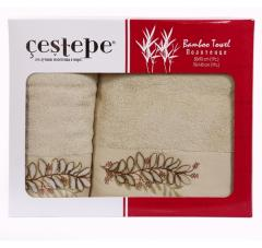 Gift set of towels with a fringe