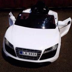 Children's Audi R8 cars / electric cars
