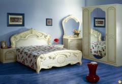 Кровати деревянные с резьбой,двухспальные кровати,