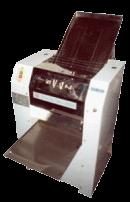 Тестораскаточная машина применяется для раскатки песочного и крутого теста. Находит широкое применение в столовых, ресторанах, в пельменном производстве