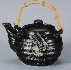 Чайник с ручкой из бамбука (Из серии Чёрная