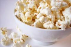 Grain for popcorn in bags on 22 kg