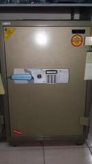 BST 1200 safe