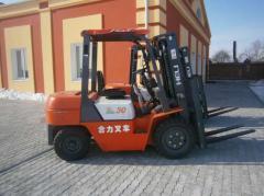 El cargador HELI CPC30 vilochnyy