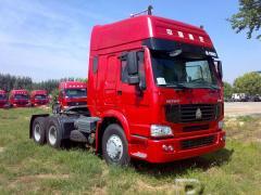 Howo ZZ4257S3241V tractor (371 hp)