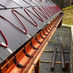 Cable heating for roofs