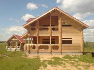 Дома срубы деревянные из оцилидрованного бревна