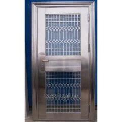 Production of metal doors, protections, lattices,
