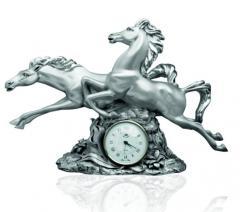 Hours Horses (big)