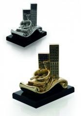 Figurine Construction