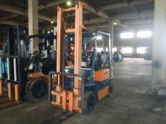 Fork truck TOYOTA 1,5 tons