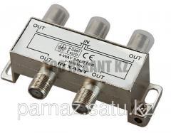Divider of TV x 4 under F socket 5-1000 MHz of