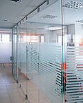 All-glass partitions