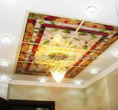 Декоративные потолки со стилизацией витража