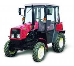 BELARUS 320 tractor