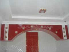Стекло декоративное в оформлении потолка