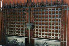 Metal gate of any complexity