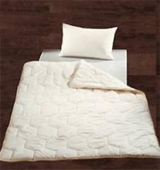 Двуспальное одеяло шелковое  евро сатин белый