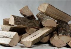 Svezhepilenny firewood