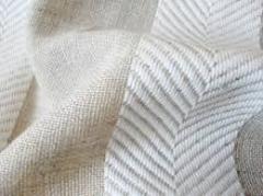 Fabric natural.
