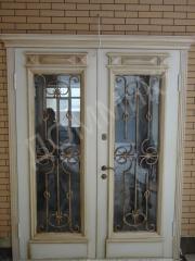 Door entrance - double